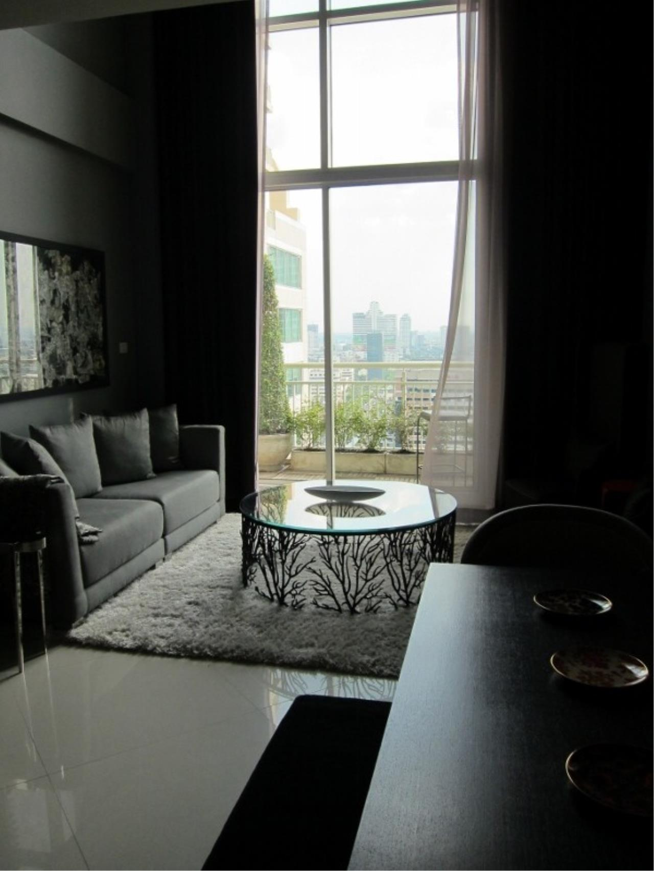 Piri Property Agency's 2 bedrooms  For Rent The Empire Place Sathorn 1