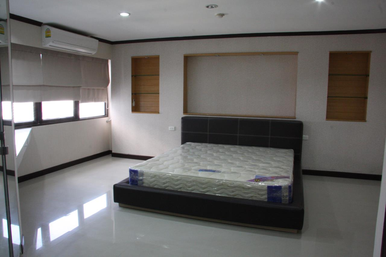 Piri Property Agency's 2 bedrooms  For Rent Waterford Park Thonglor 4