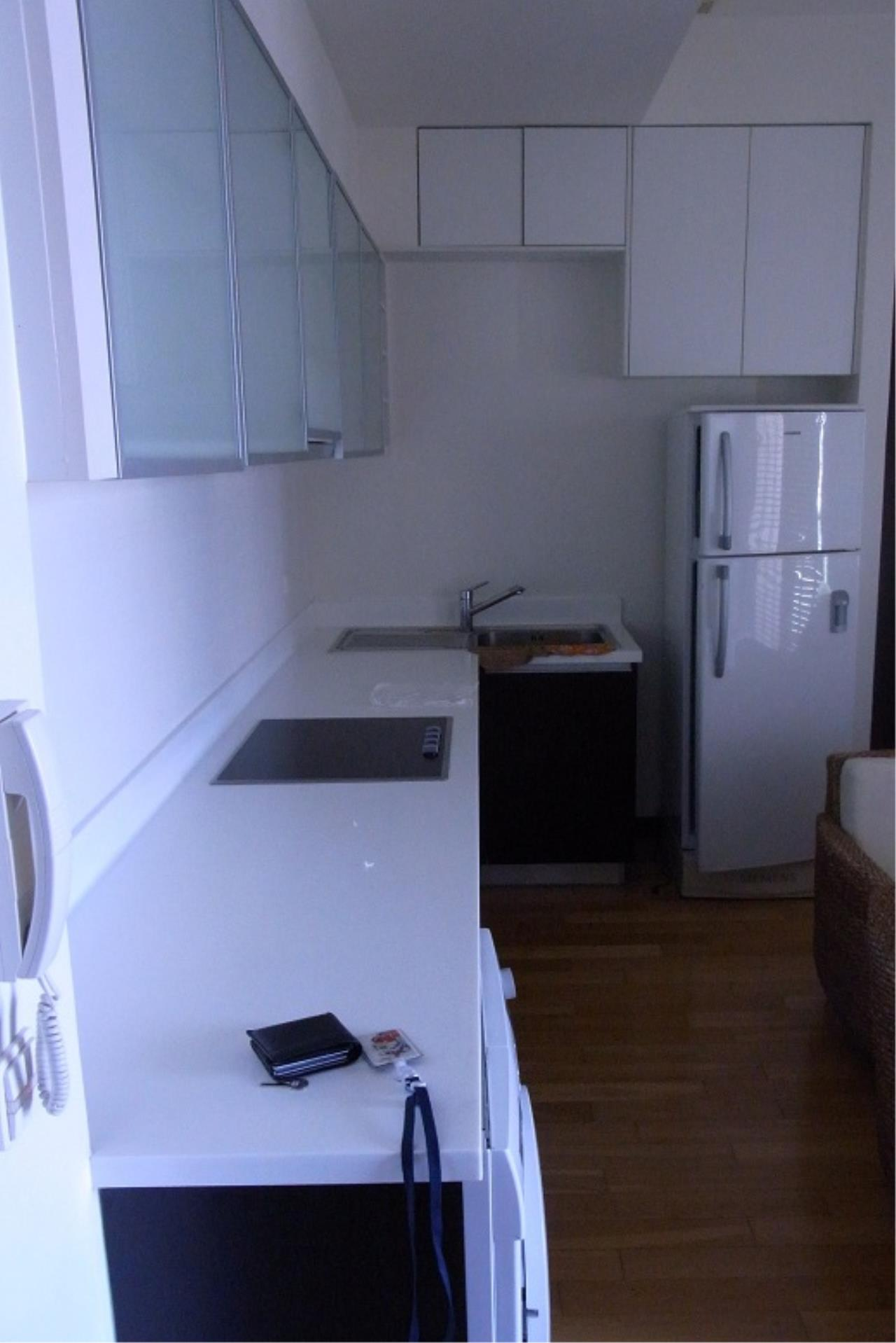 Piri Property Agency's one bedroom  For Rent The Lofts Yennakart 1