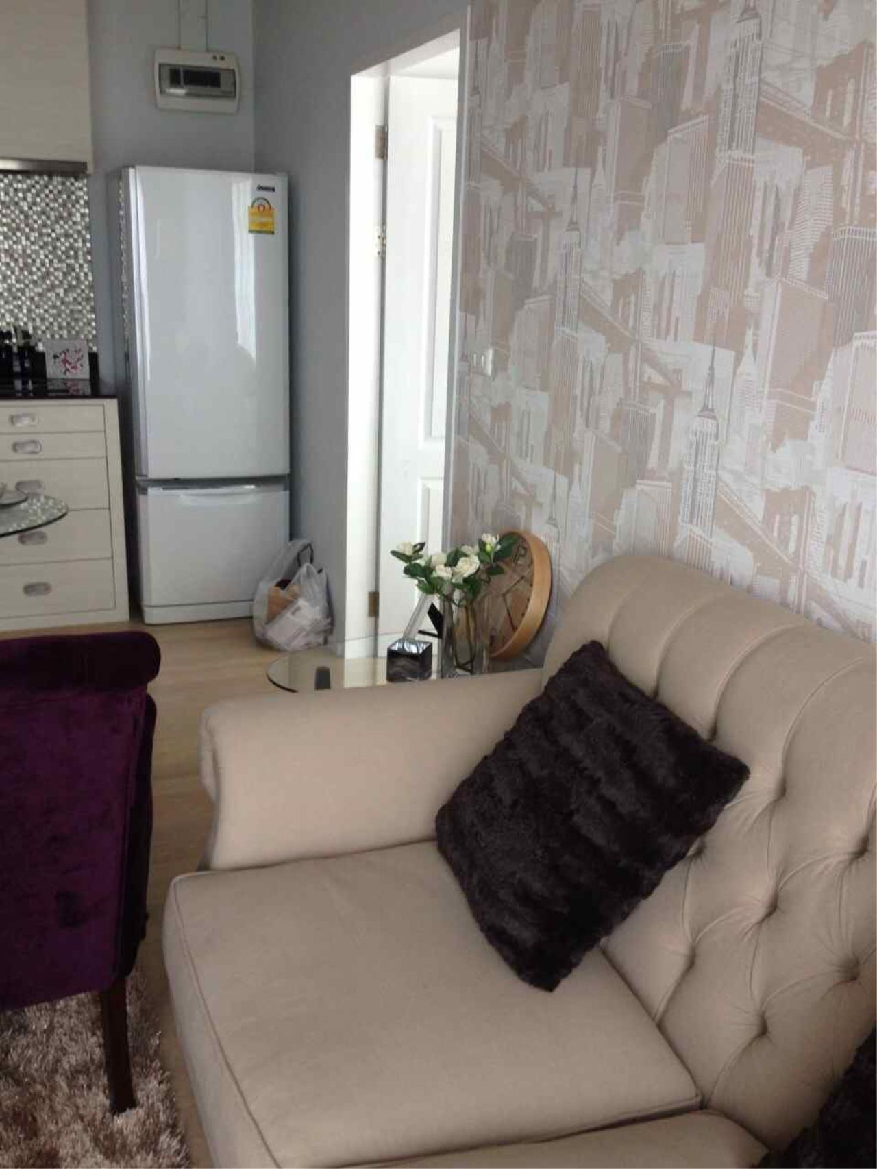 Piri Property Agency's one bedroom  For Rent Noble Refine 10