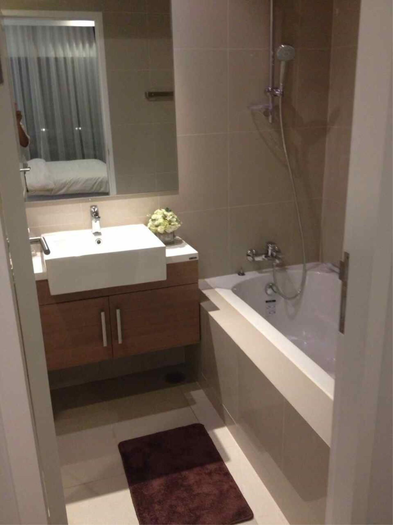Piri Property Agency's one bedroom  For Rent Noble Refine 12