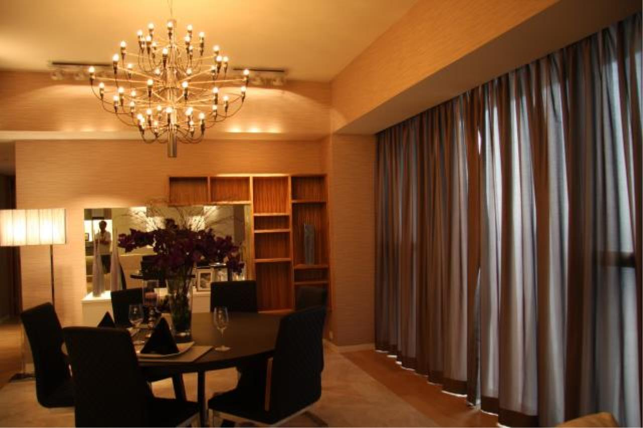Piri Property Agency's 3 bedrooms  For Rent The Met Sathorn 3
