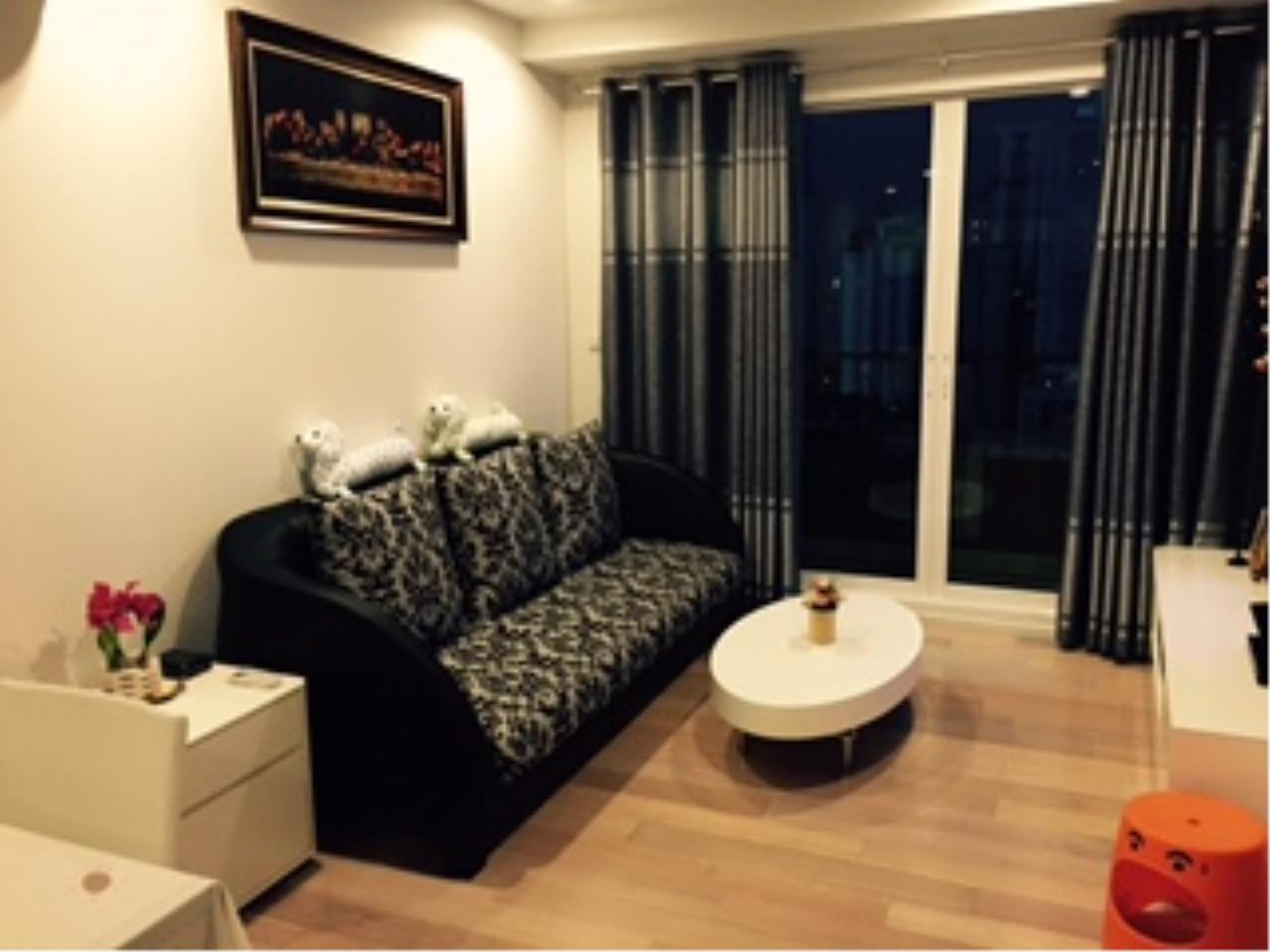 Piri Property Agency's one bedroom  For Rent 15 Sukhumvit Residences 2