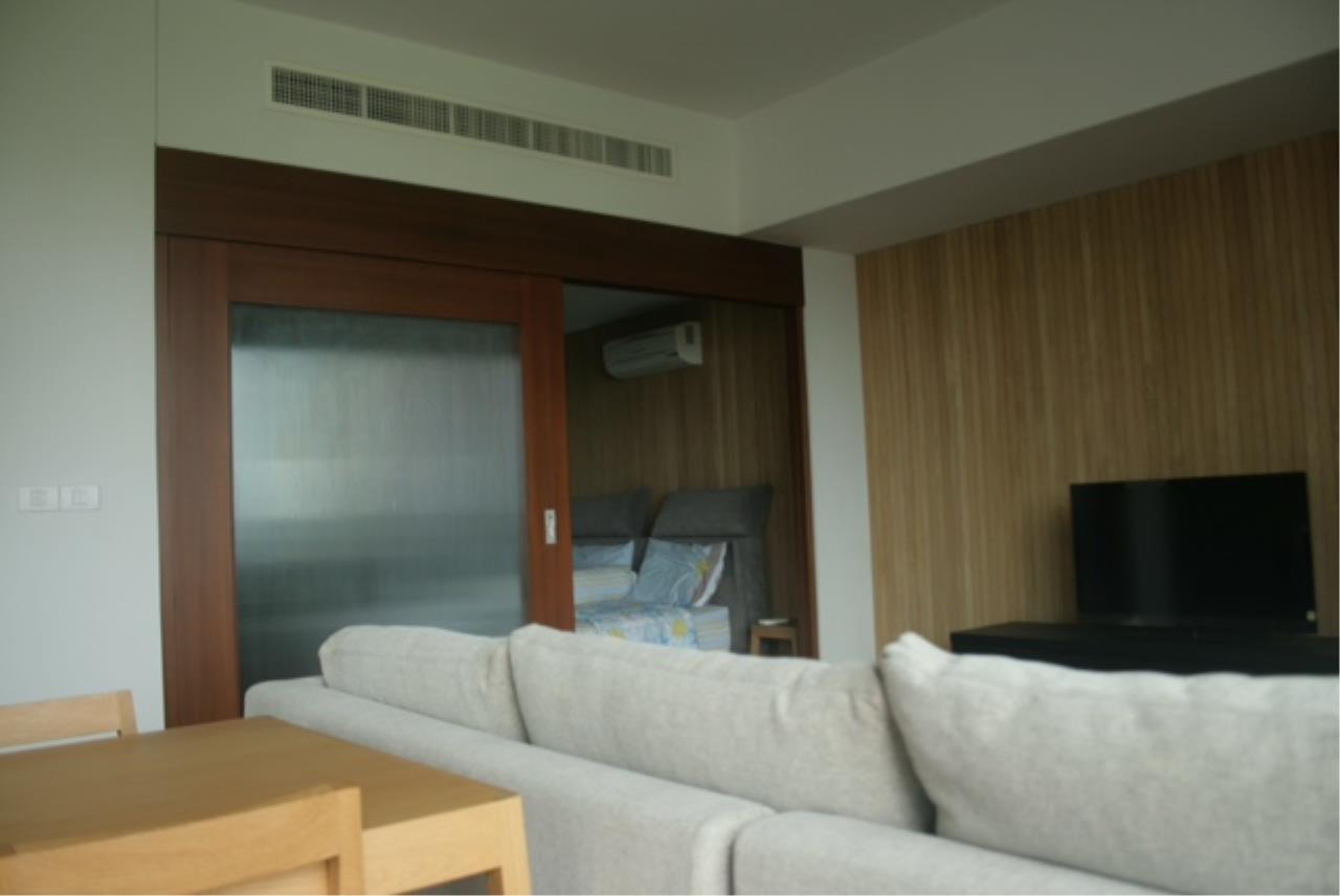 Piri Property Agency's one bedroom  For Rent Hansar Residence 5