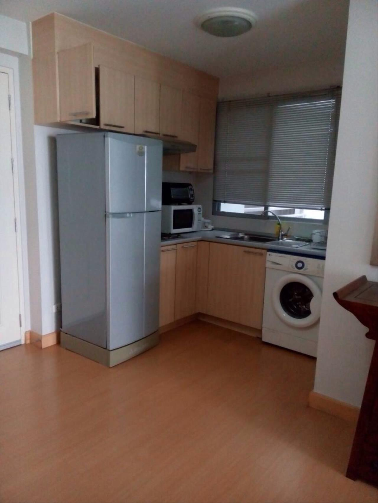 Piri Property Agency's one bedroom  For Rent Plus 38 4