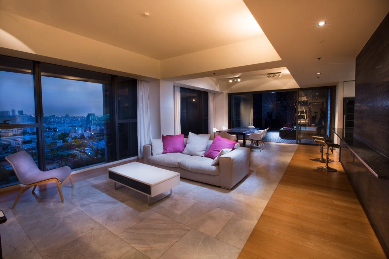 Piri Property Agency's 3 bedrooms  For Rent The Met Sathorn 3