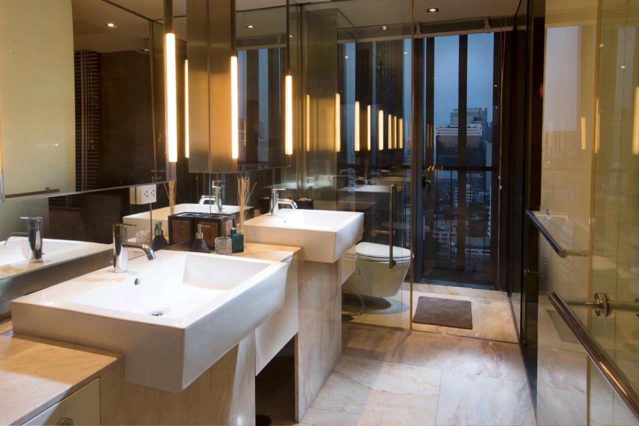 Piri Property Agency's 3 bedrooms  For Rent The Met Sathorn 6
