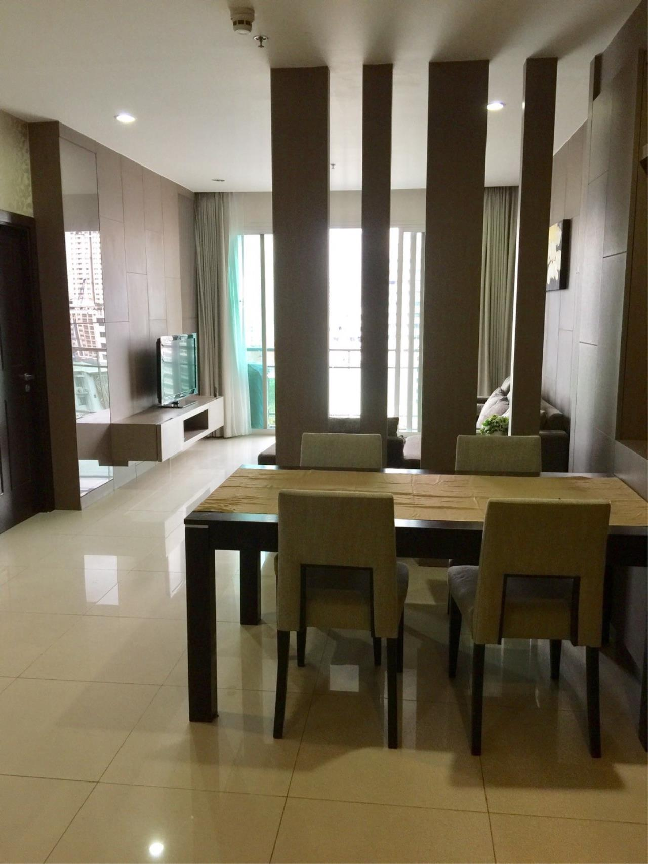 Piri Property Agency's Exclusive Living on Soi 11 - Prime 11 - 2 Bedrooms 1