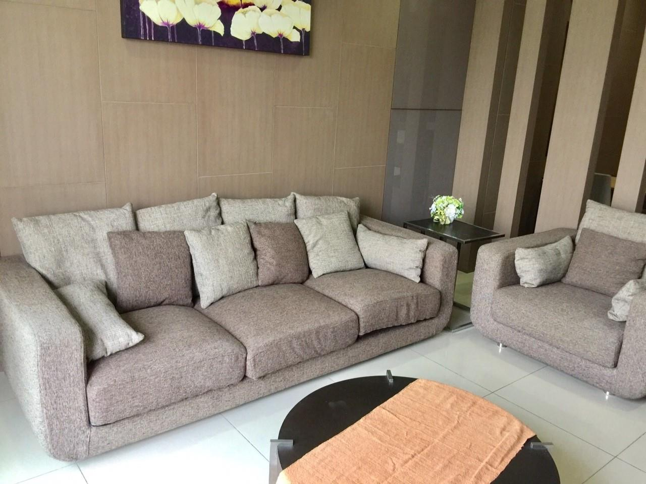 Piri Property Agency's Exclusive Living on Soi 11 - Prime 11 - 2 Bedrooms 2