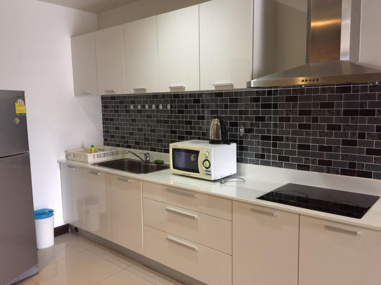 Piri Property Agency's Exclusive Living on Soi 11 - Prime 11 - 2 Bedrooms 5