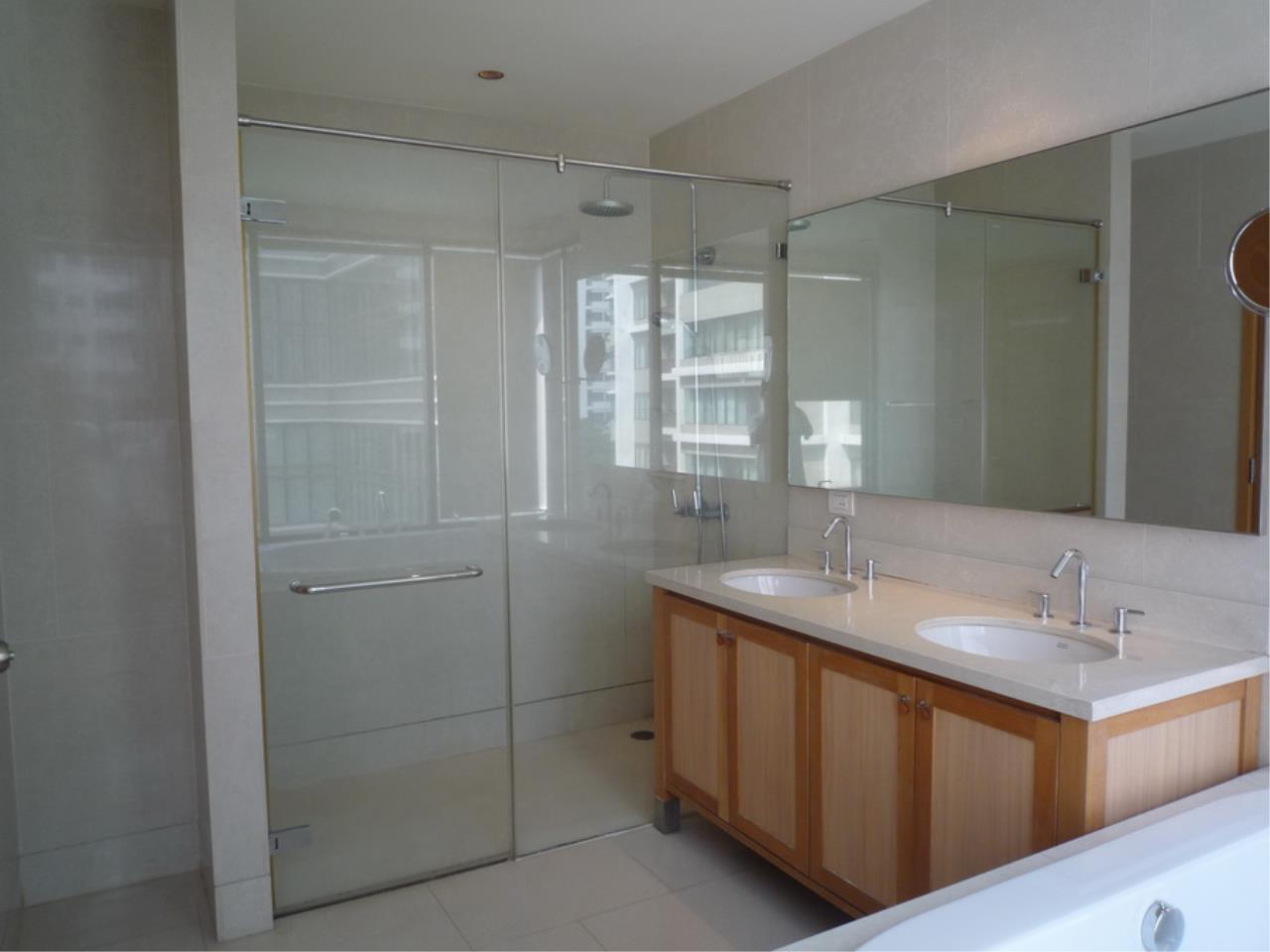 Piri Property Agency's 3 bedrooms Condominium  on 8 floor For Rent 3 14
