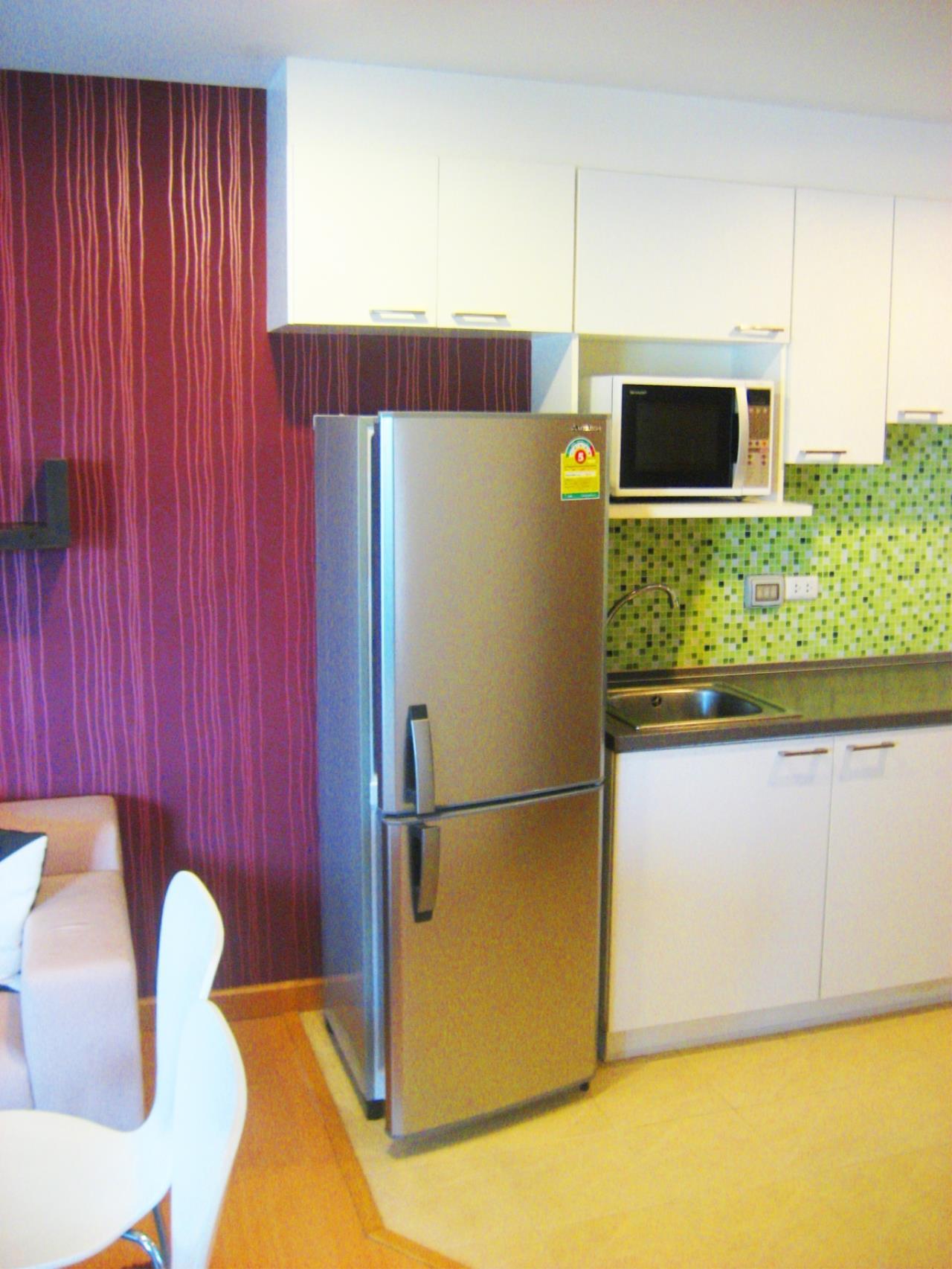 Piri Property Agency's one bedroom Condominium  For Sale 1 3