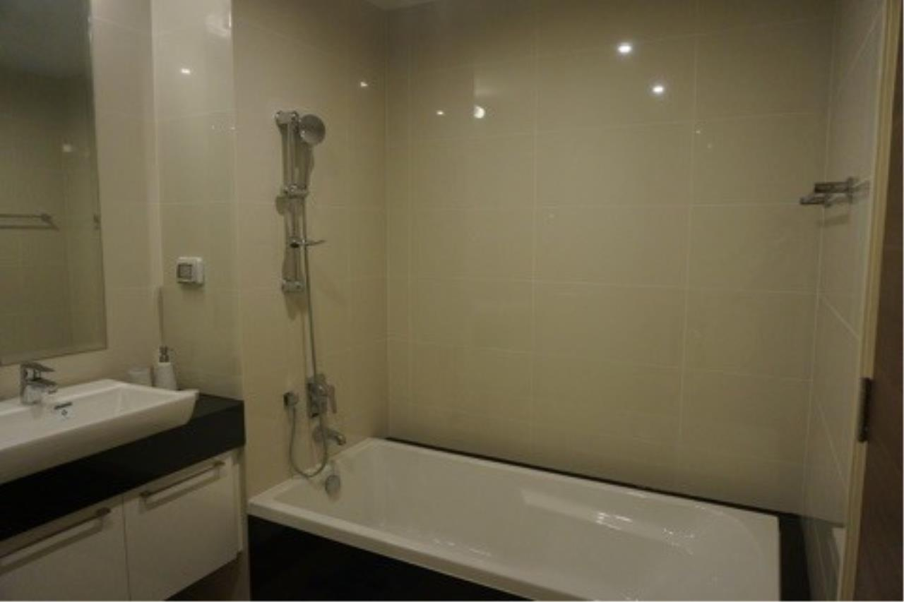 Piri Property Agency's 2 bedrooms Condominium  on 36 floor For Rent 2 13
