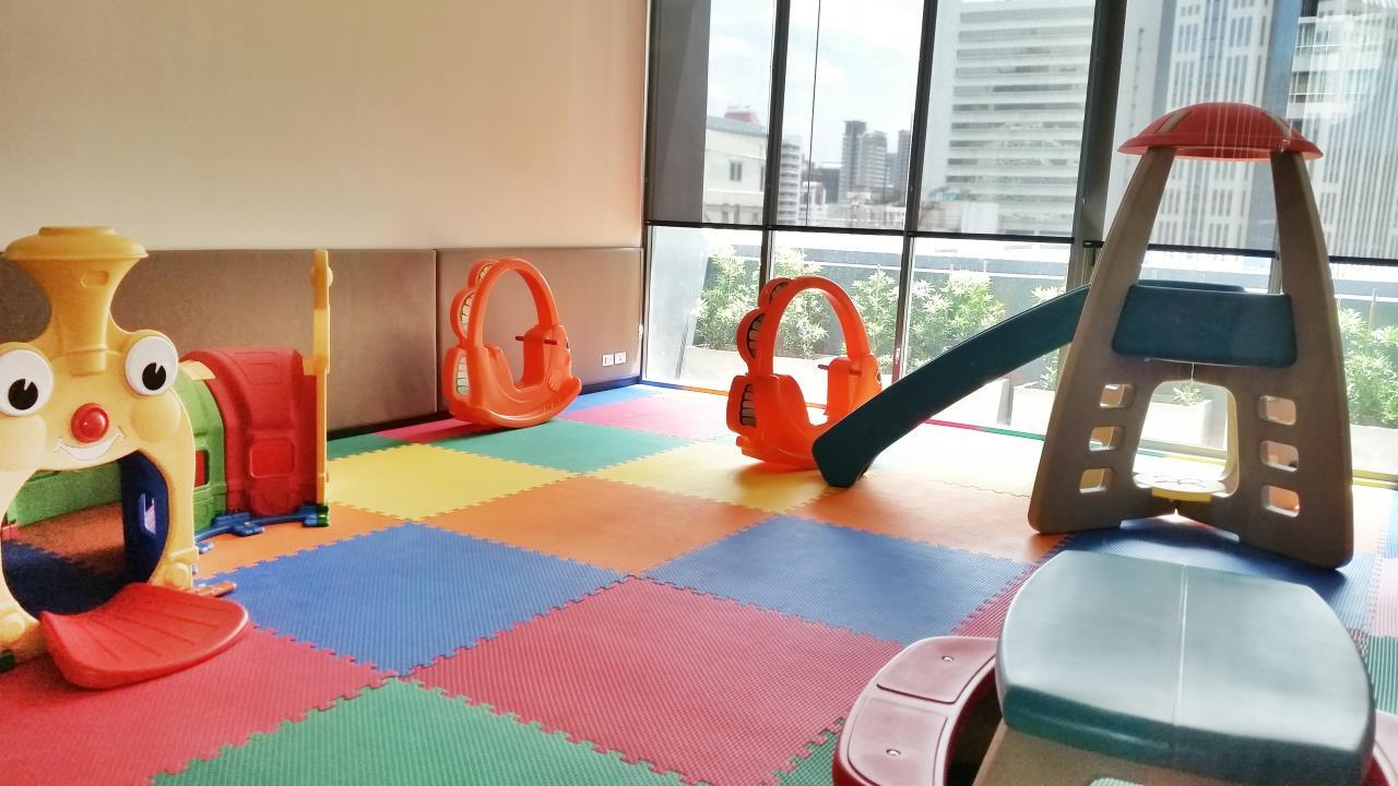 Piri Property Agency's 2 bedrooms Condominium  For Rent 2 17