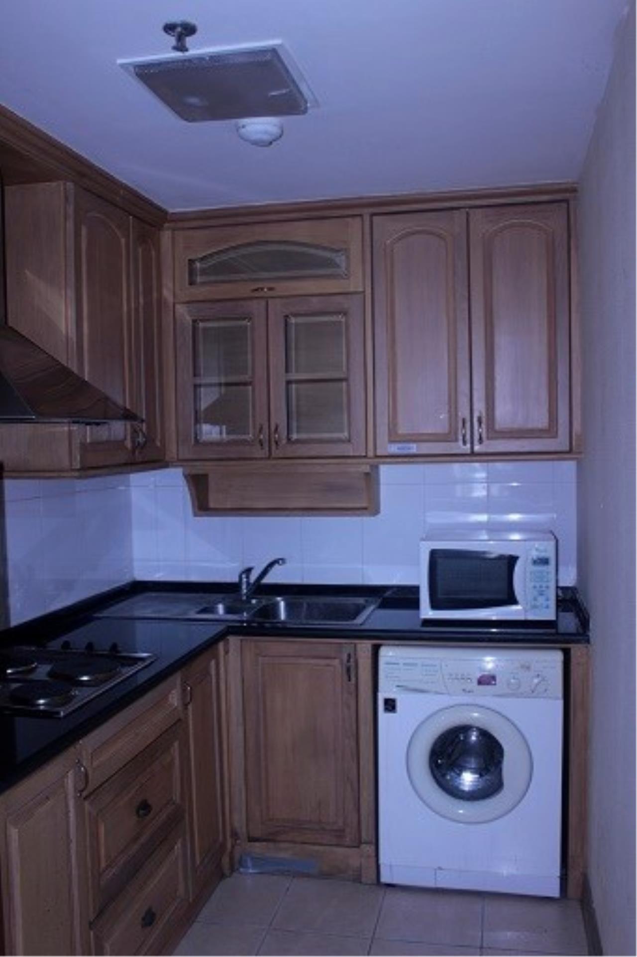 Piri Property Agency's 3 bedrooms Condominium  on 24 floor For Rent 3 14