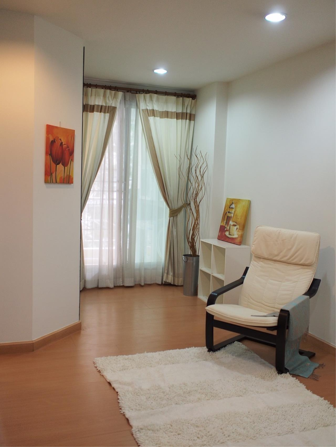 Piri Property Agency's one bedroom Condominium  For Rent 1 2