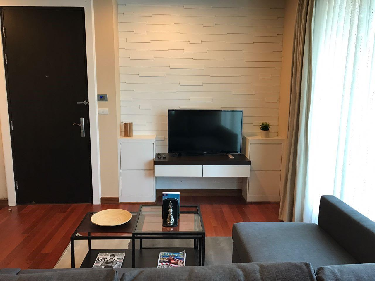 Piri Property Agency's 2 bedrooms Condominium  on 11 (B) floor For Rent 2 4