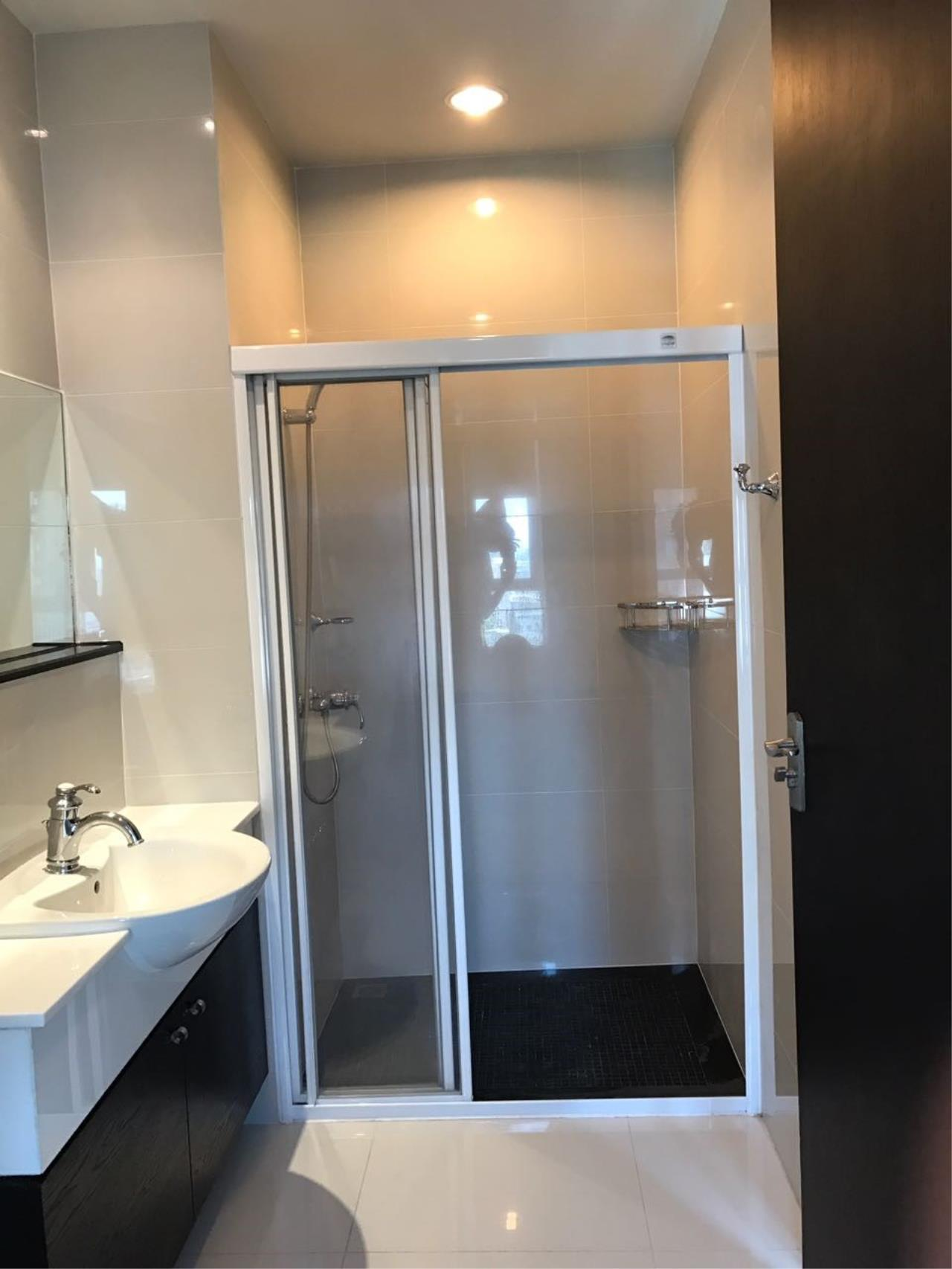 Piri Property Agency's 2 bedrooms Condominium  on 11 (B) floor For Rent 2 16