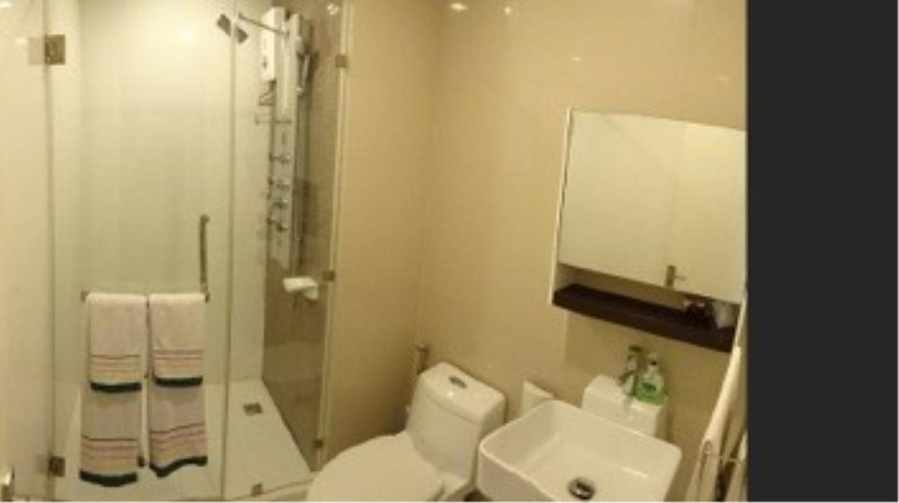 Piri Property Agency's 3 bedrooms Condominium  on 23 floor For Rent 3 2