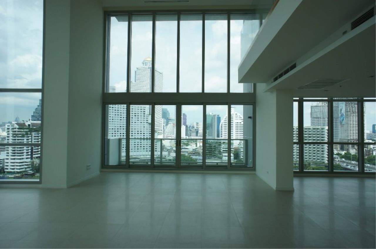 Piri Property Agency's 5 (duplex) bedrooms Condominium  on 17 floor For Sale 5 (duplex) 3