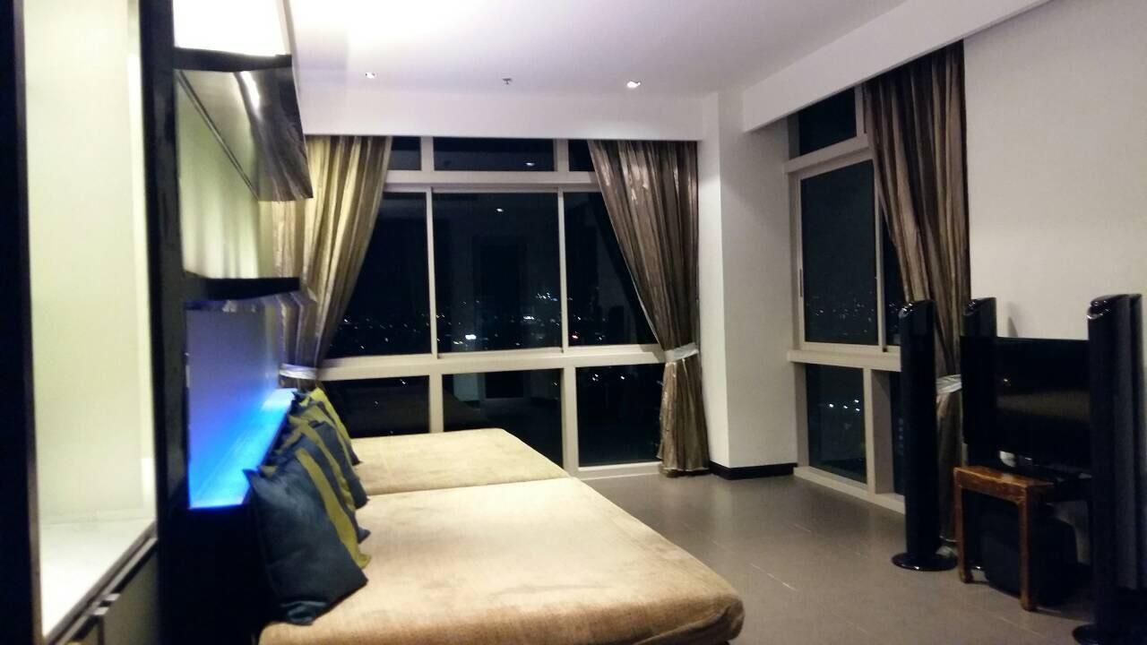 Piri Property Agency's Duplex Penthouse in Yennakart for Rent 7