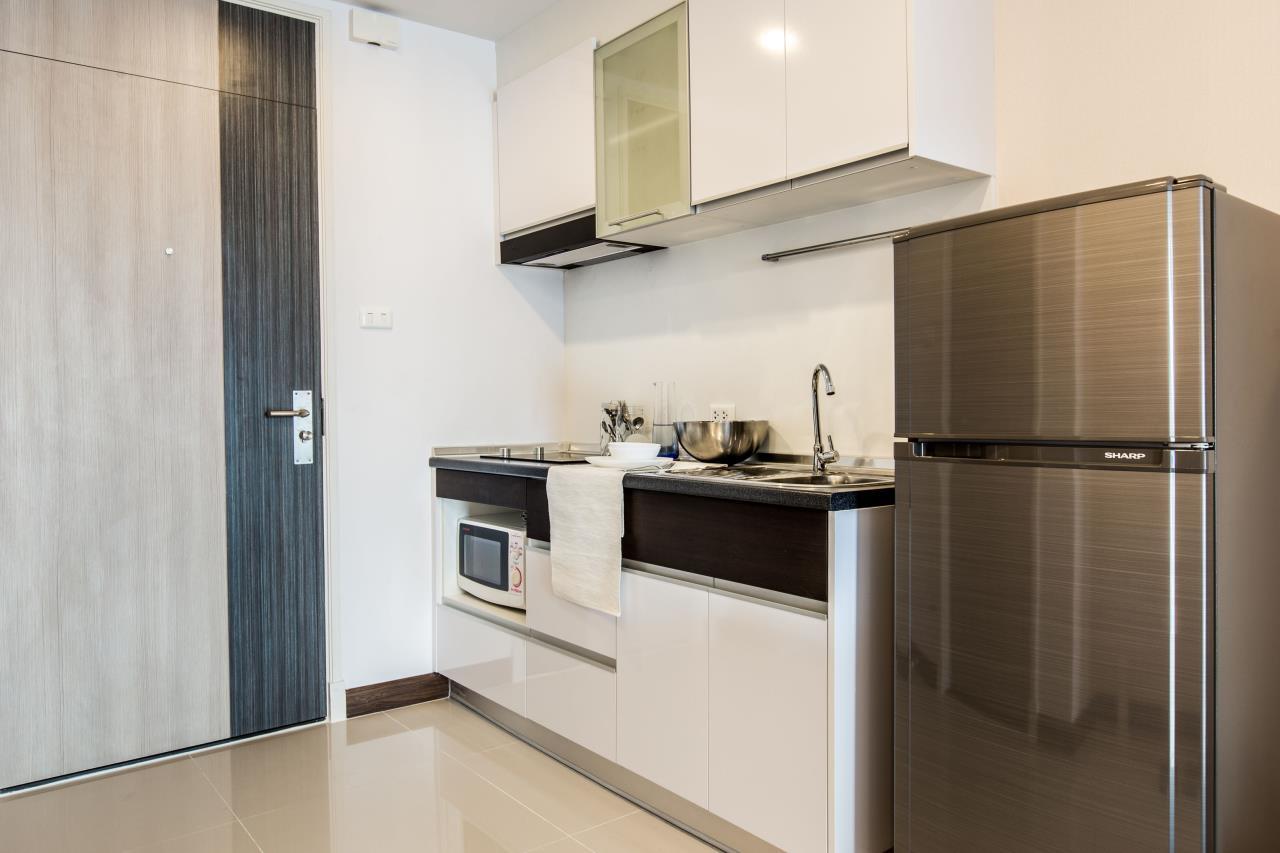 Piri Property Agency's Studio bedrooms Condominium  on 21 floor For Rent Studio 9