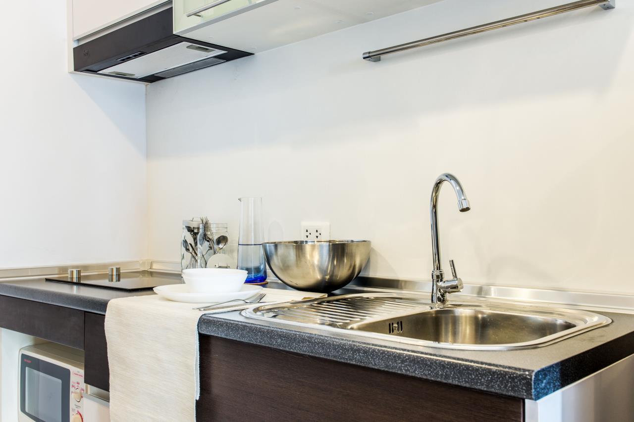 Piri Property Agency's Studio bedrooms Condominium  on 21 floor For Rent Studio 10