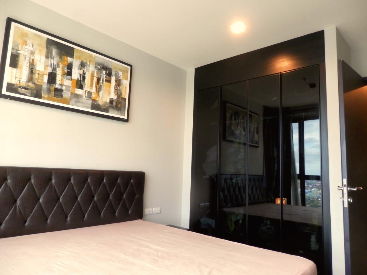 Piri Property Agency's 2 bedrooms Condominium  on 28 floor For Rent 2 8