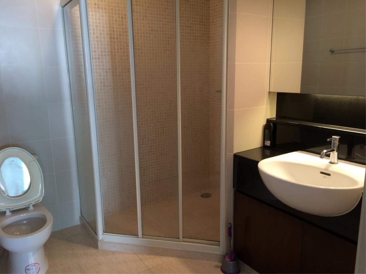 Piri Property Agency's one bedroom Condominium  on 16 floor For Rent 1 6