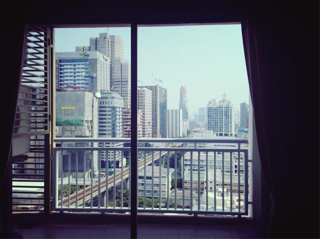 Piri Property Agency's one bedroom Condominium  on 16 floor For Rent 1 11