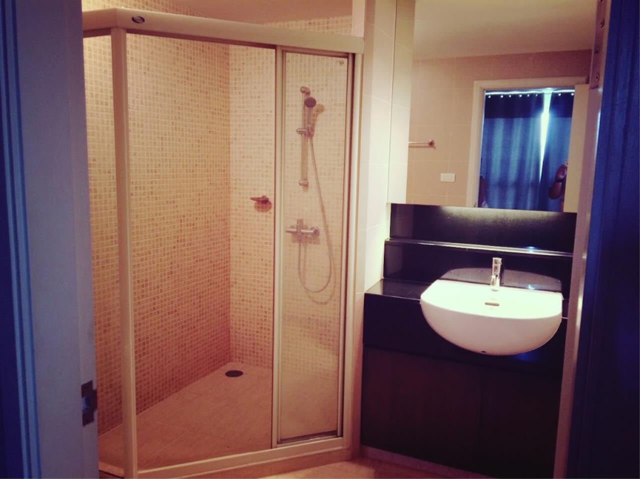 Piri Property Agency's one bedroom Condominium  on 16 floor For Rent 1 12