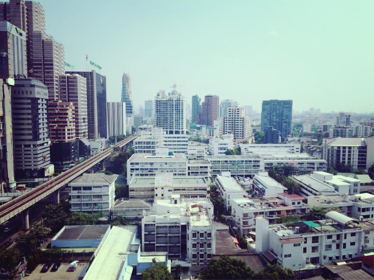 Piri Property Agency's one bedroom Condominium  on 16 floor For Rent 1 14