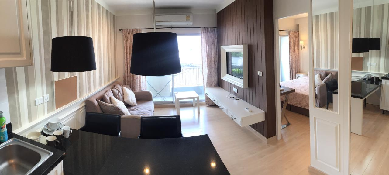 Piri Property Agency's one bedroom Condominium  on 6th floor For Sale 1 1