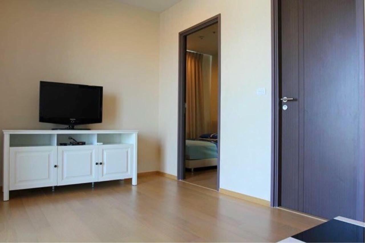 Piri Property Agency's 2 bedrooms Condominium  on 12A floor For Rent 2 1