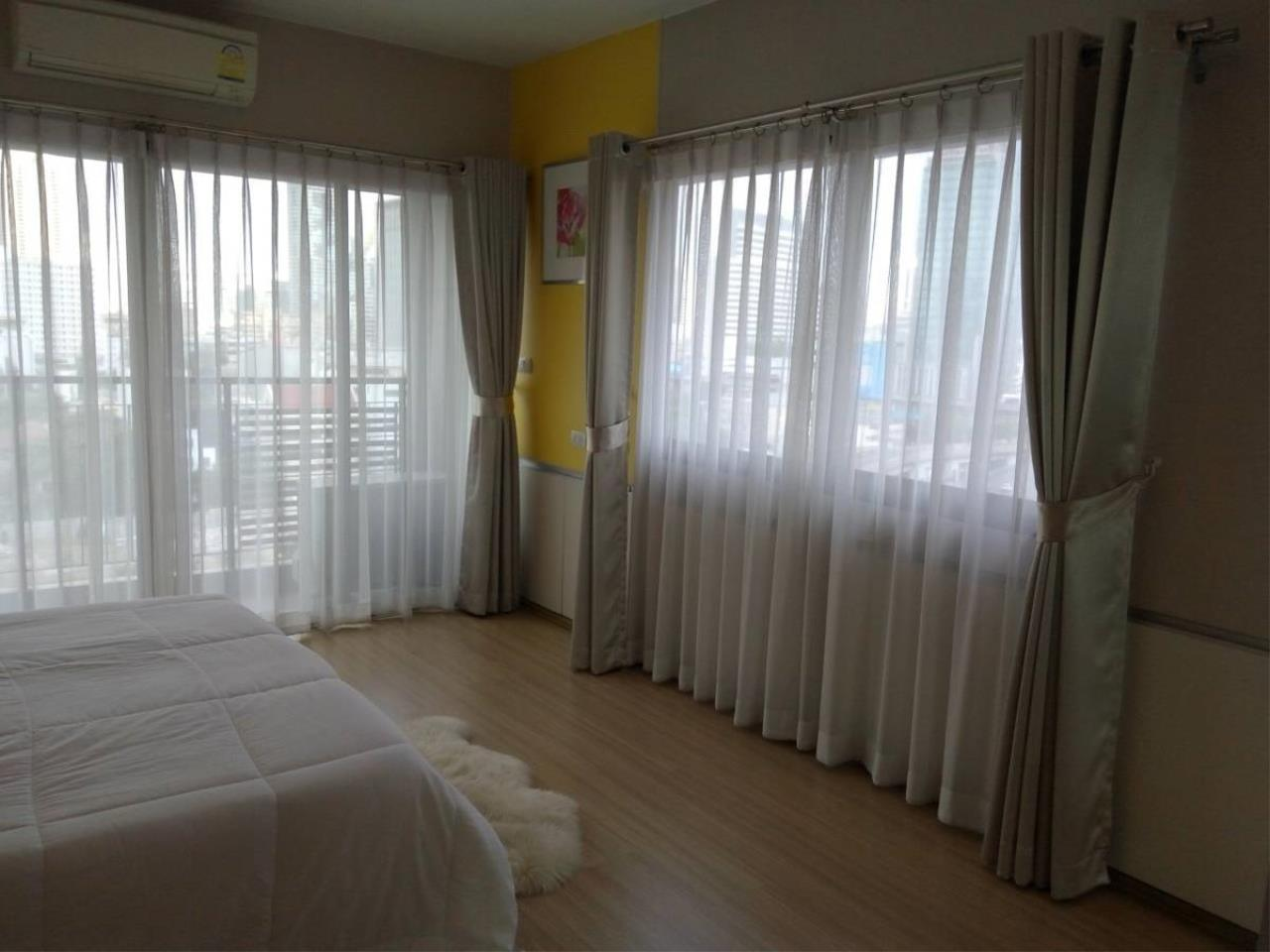 Piri Property Agency's 3 bedrooms Condominium  on 12 floor For Sale 3 2