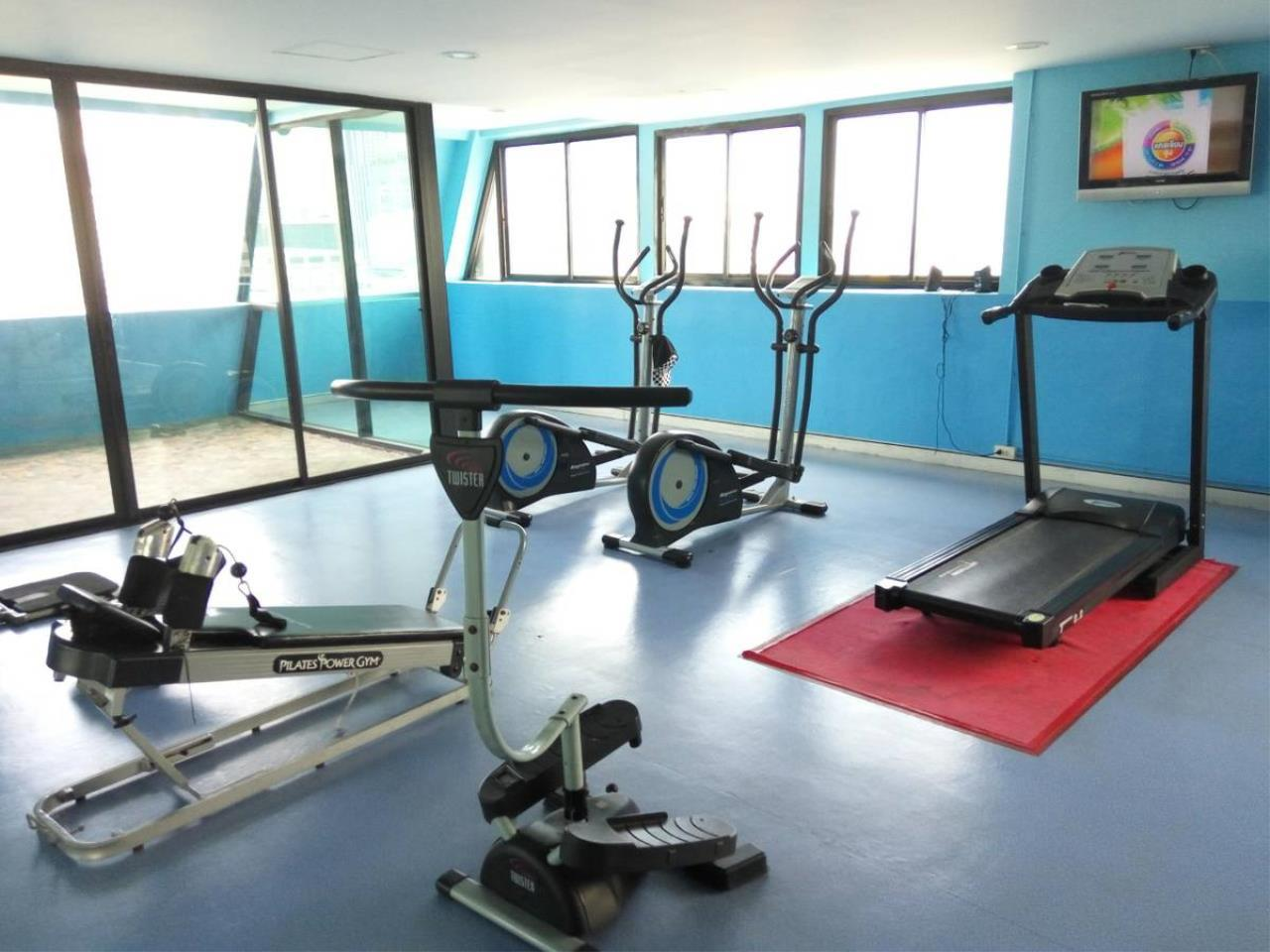 Piri Property Agency's 3 bedrooms Condominium  on 12 floor For Sale 3 8