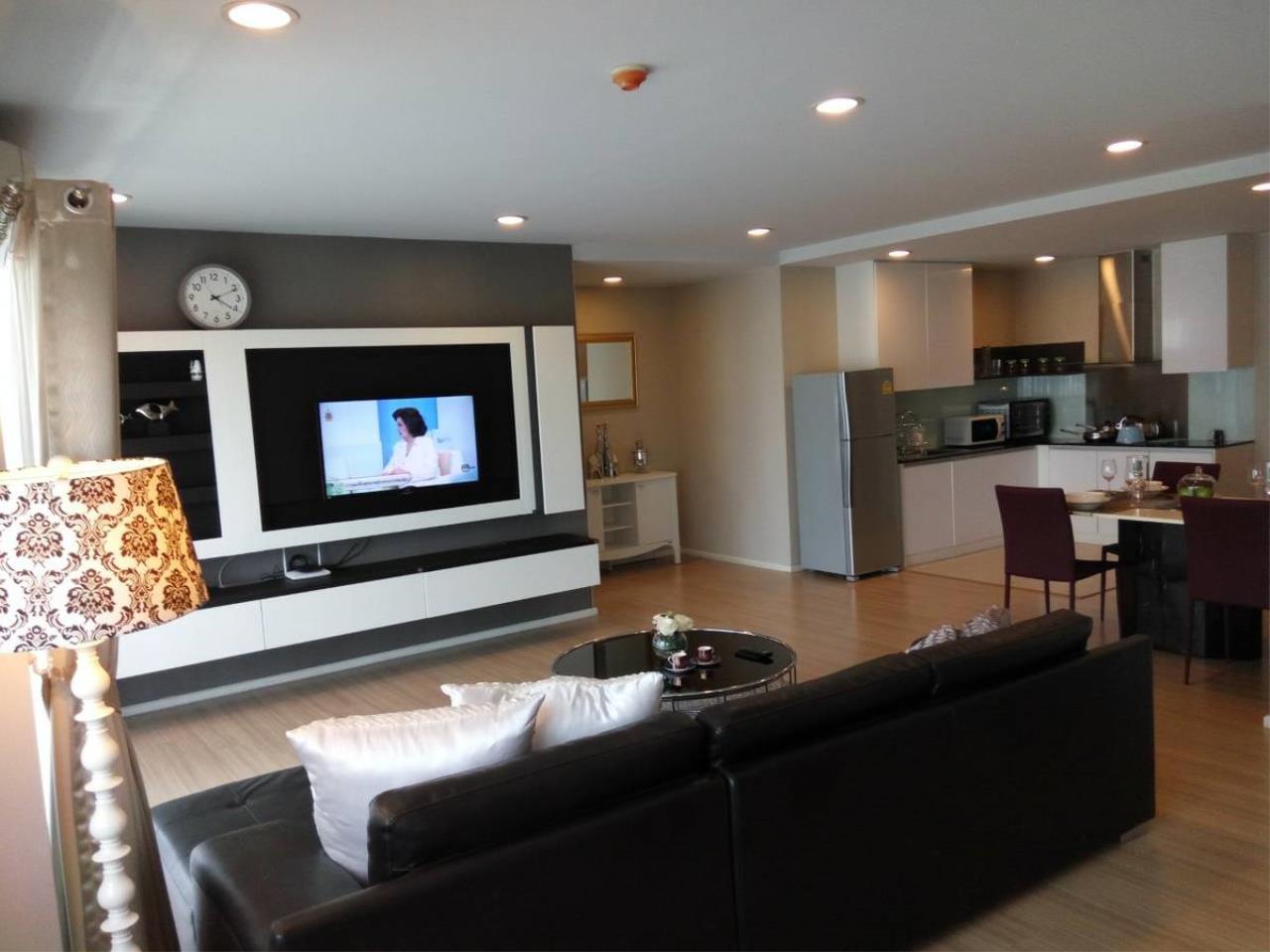 Piri Property Agency's 3 bedrooms Condominium  on 12 floor For Sale 3 12