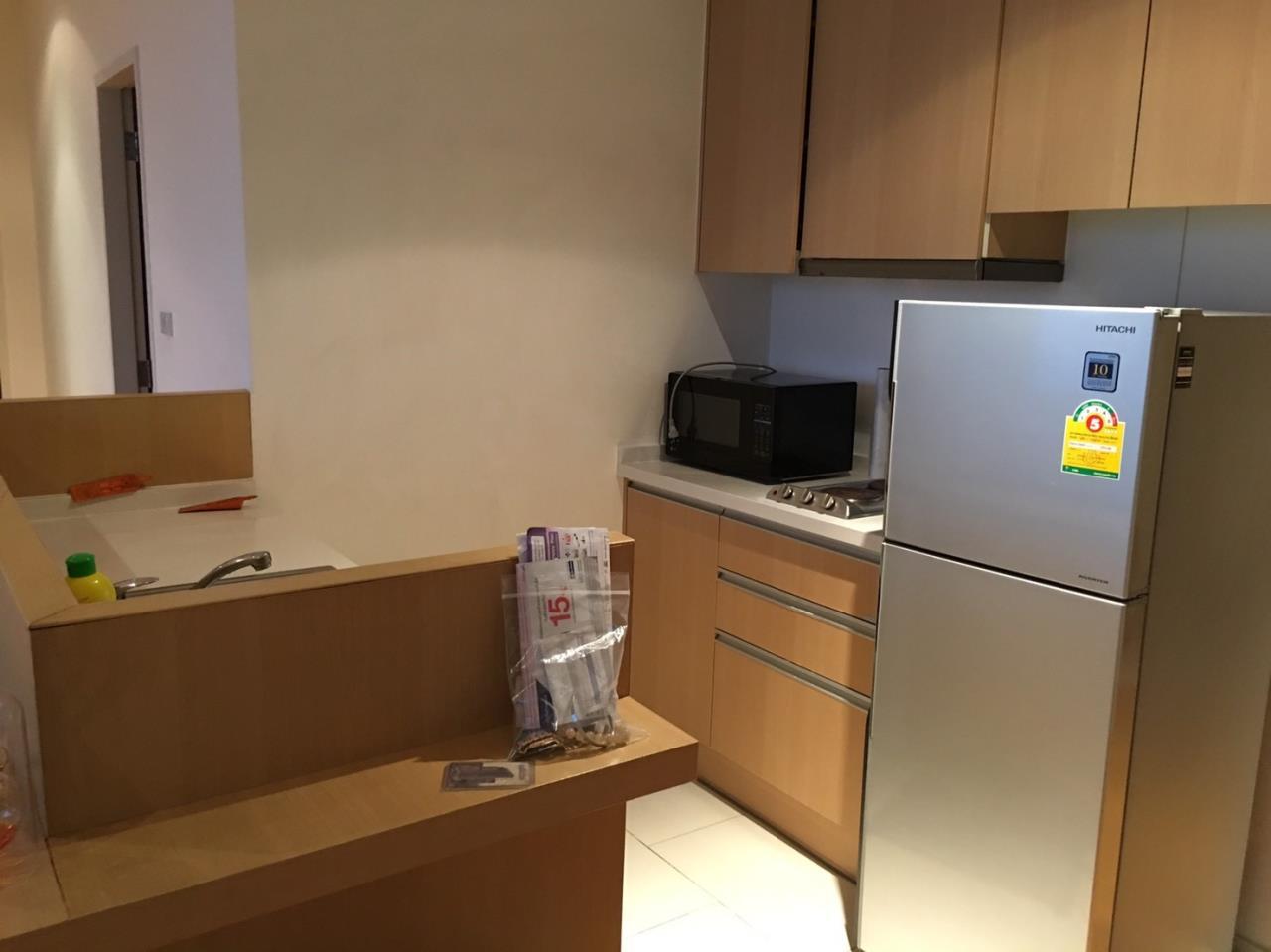 Piri Property Agency's 2 bedrooms Condominium  on 43 floor For Rent 2 4