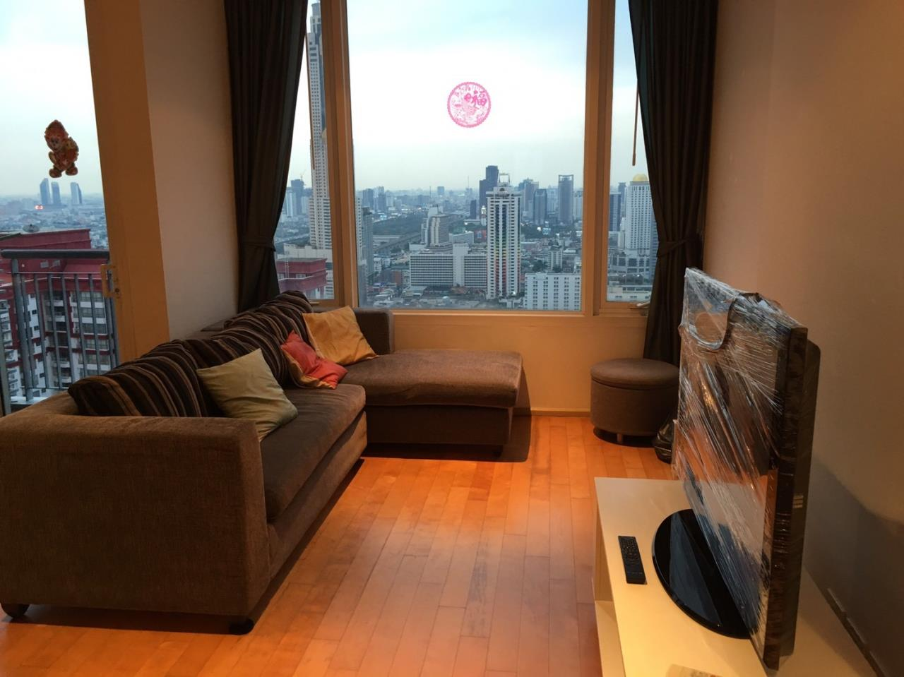 Piri Property Agency's 2 bedrooms Condominium  on 43 floor For Rent 2 1