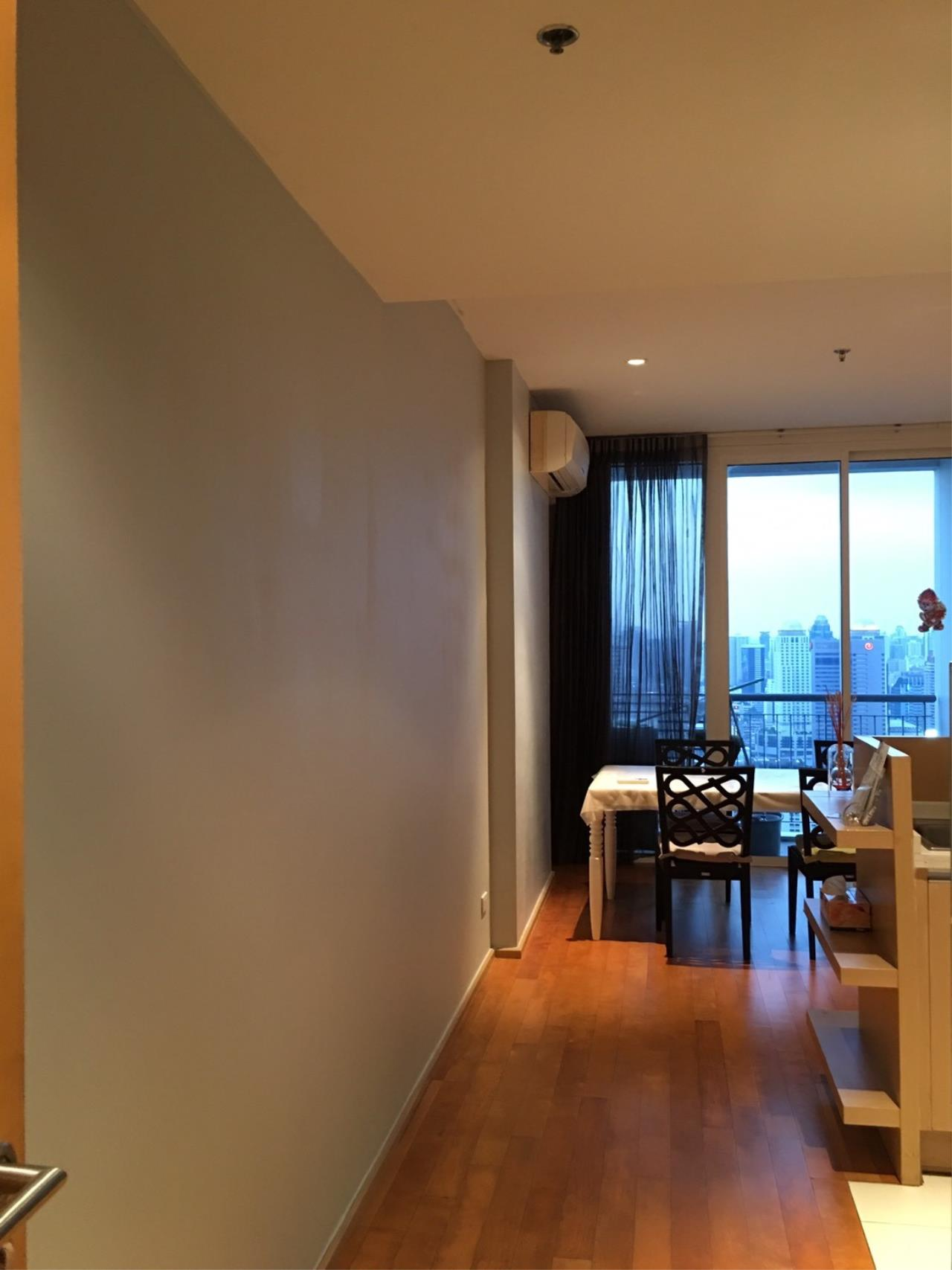 Piri Property Agency's 2 bedrooms Condominium  on 43 floor For Rent 2 10