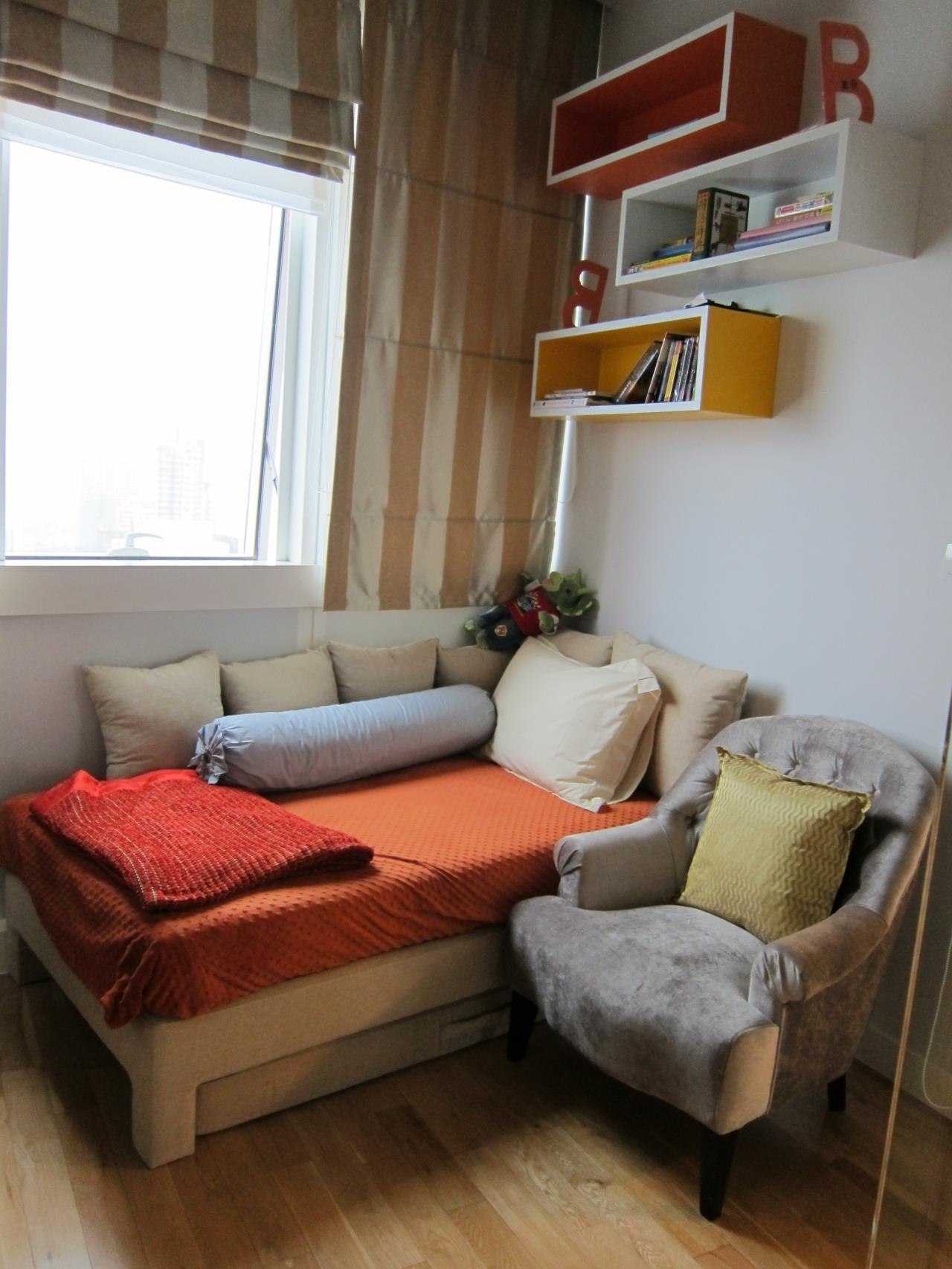 Piri Property Agency's 2 bedrooms Condominium  on tower B floor For Rent 2 5