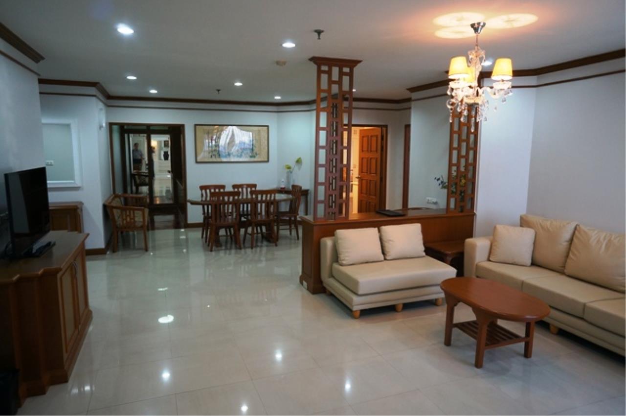 Piri Property Agency's 3 bedrooms Condominium  on 11 floor For Rent 3 1