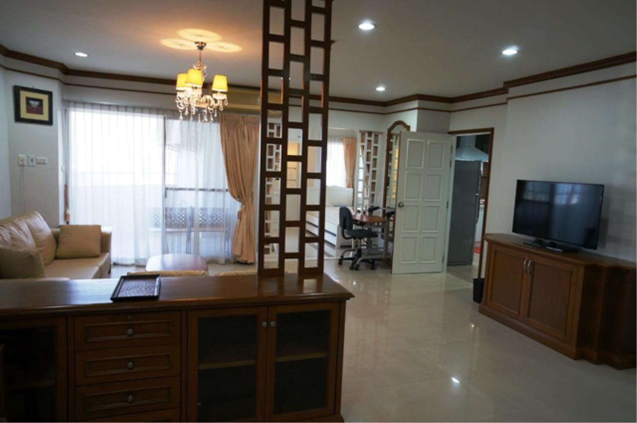Piri Property Agency's 3 bedrooms Condominium  on 11 floor For Rent 3 2