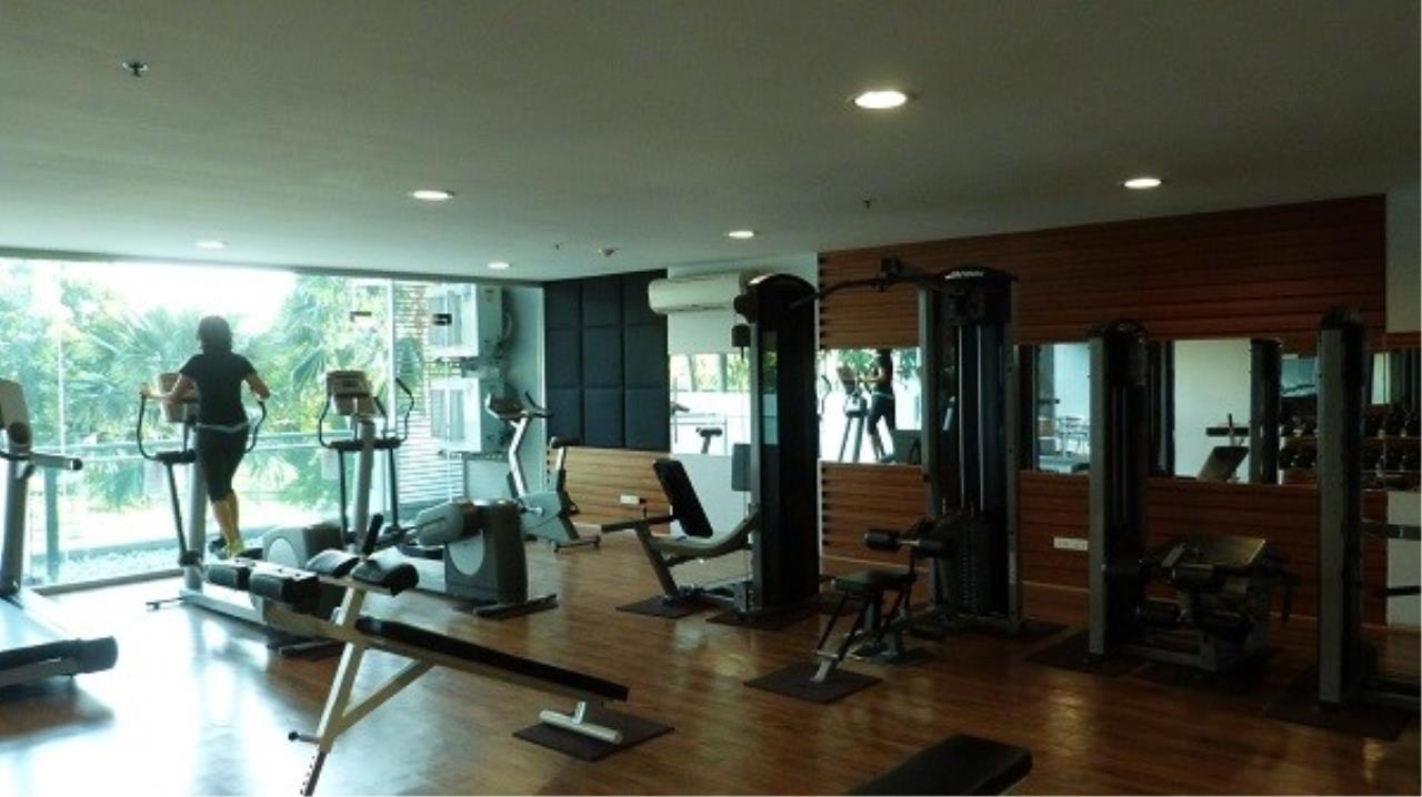 Piri Property Agency's one bedroom Condominium  on 11 floor For Sale 1 5