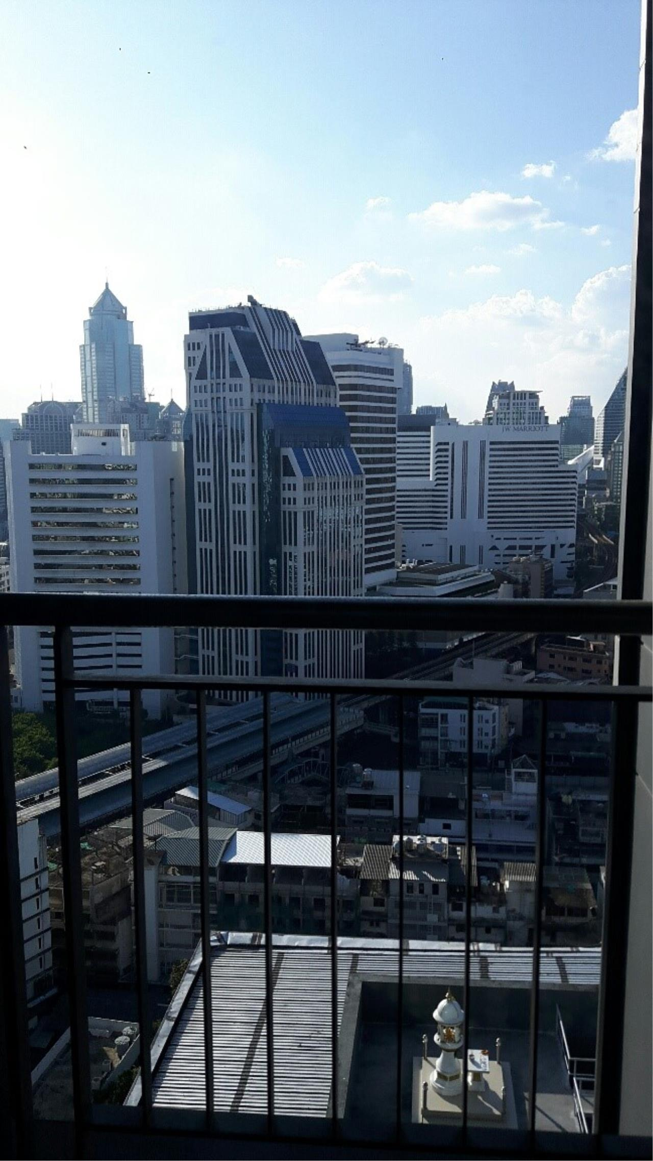 Piri Property Agency's one bedroom Condominium  on 19 floor For Rent 1 4