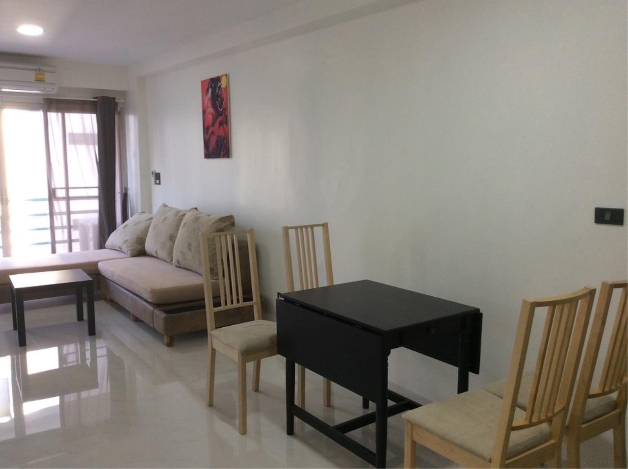 Piri Property Agency's 2 bedrooms Condominium  on E,6 floor For Rent 2 1