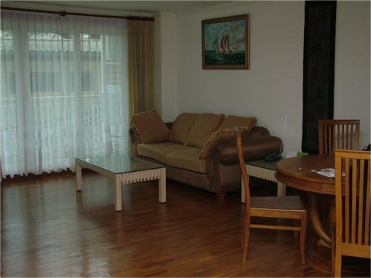 Piri Property Agency's 3 bedrooms Condominium  For Rent 3 1