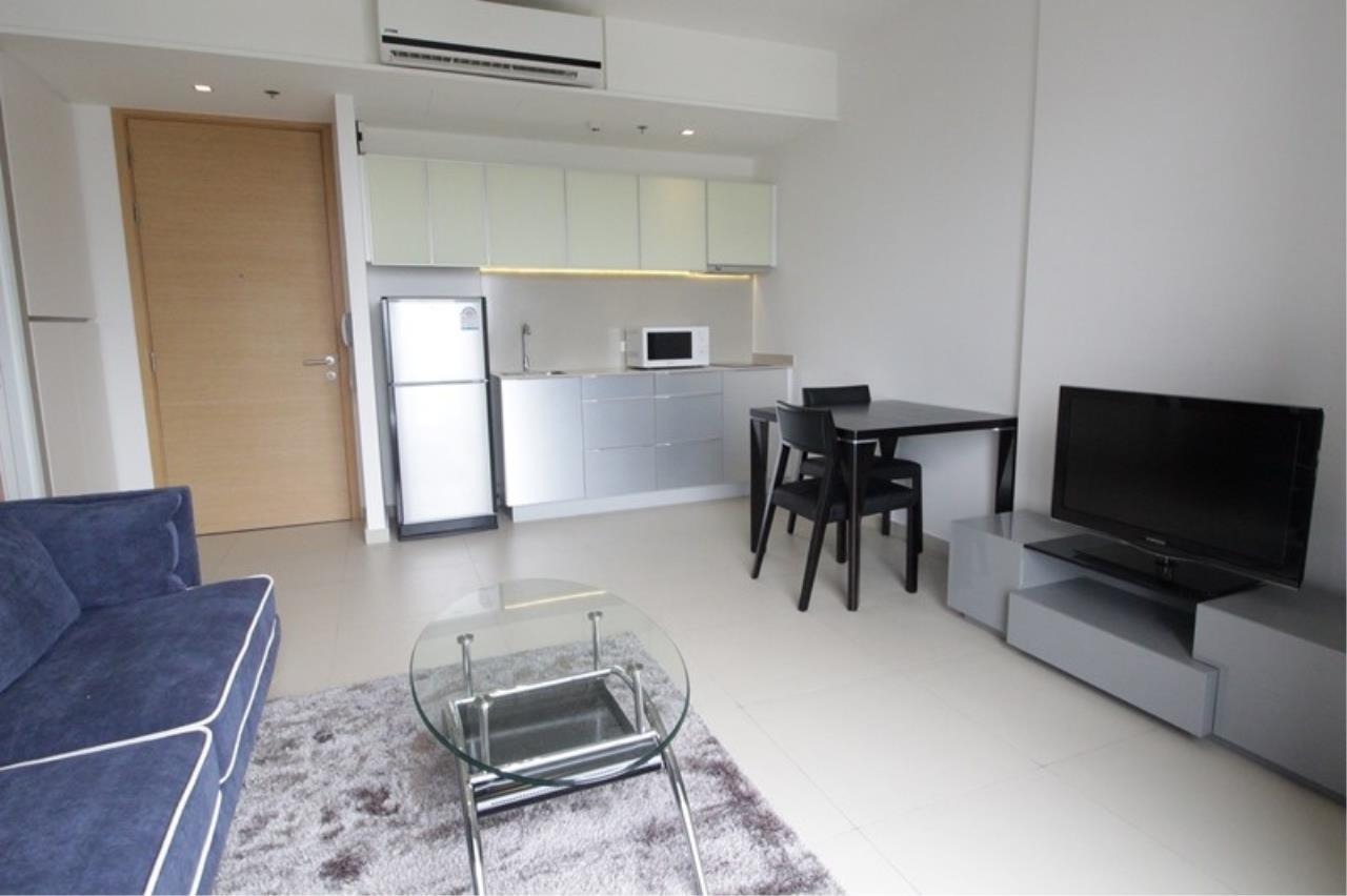 Piri Property Agency's one bedroom Condominium  on 15 floor For Rent 1 1