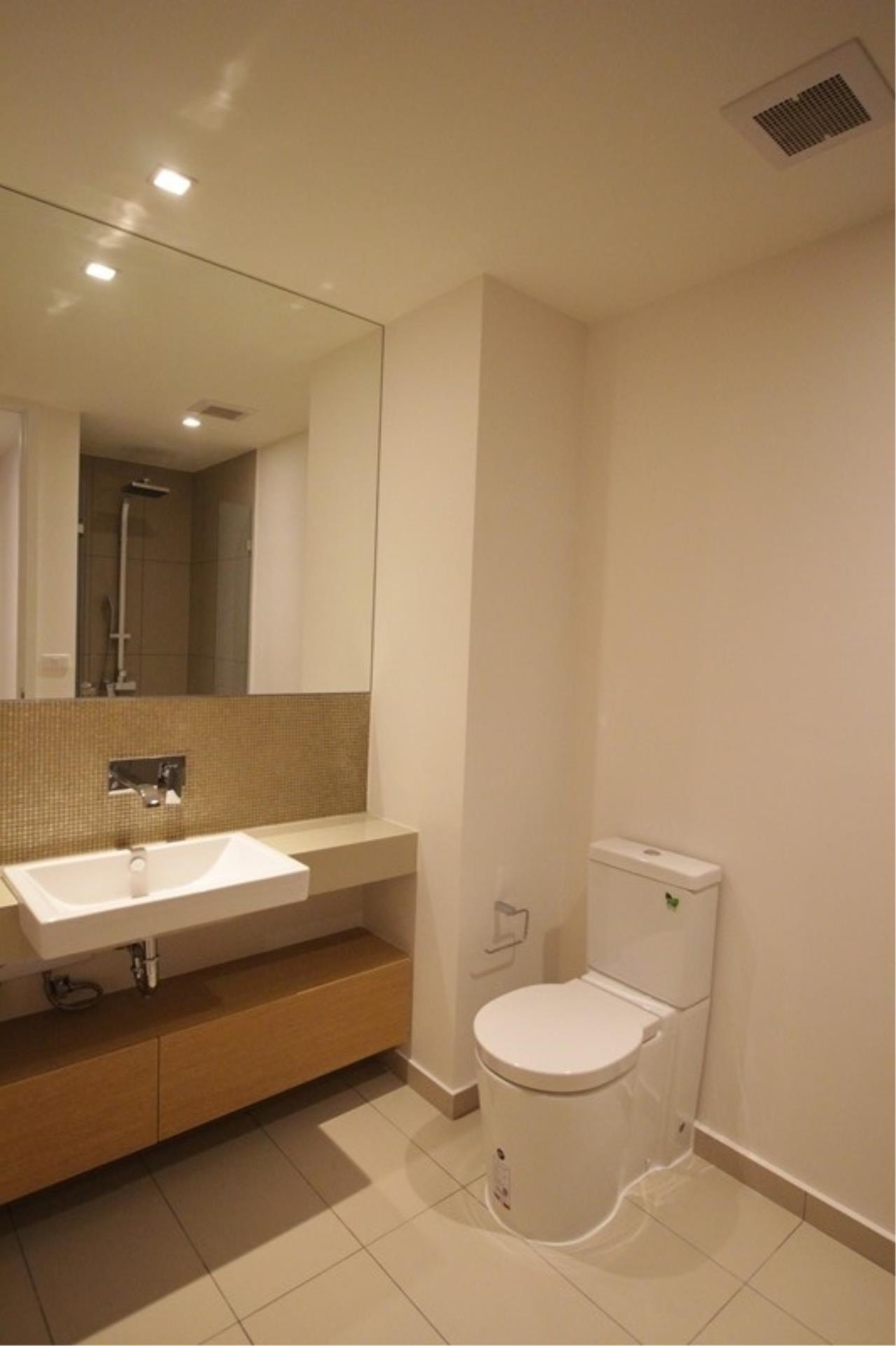 Piri Property Agency's one bedroom Condominium  on 15 floor For Rent 1 6