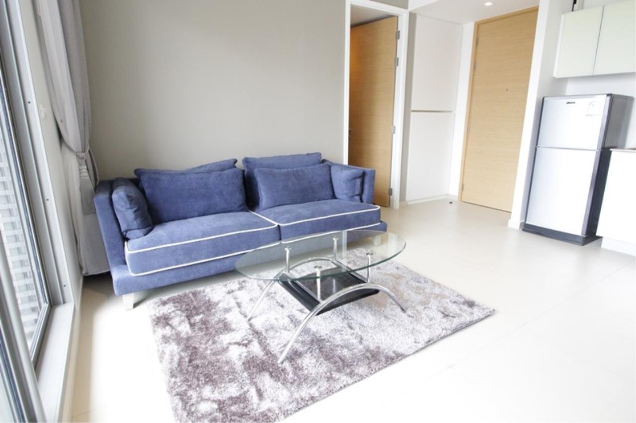 Piri Property Agency's one bedroom Condominium  on 15 floor For Rent 1 3